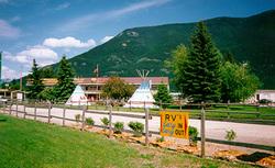 Western Inn Glacier Mountain Shadows Resort In Columbia
